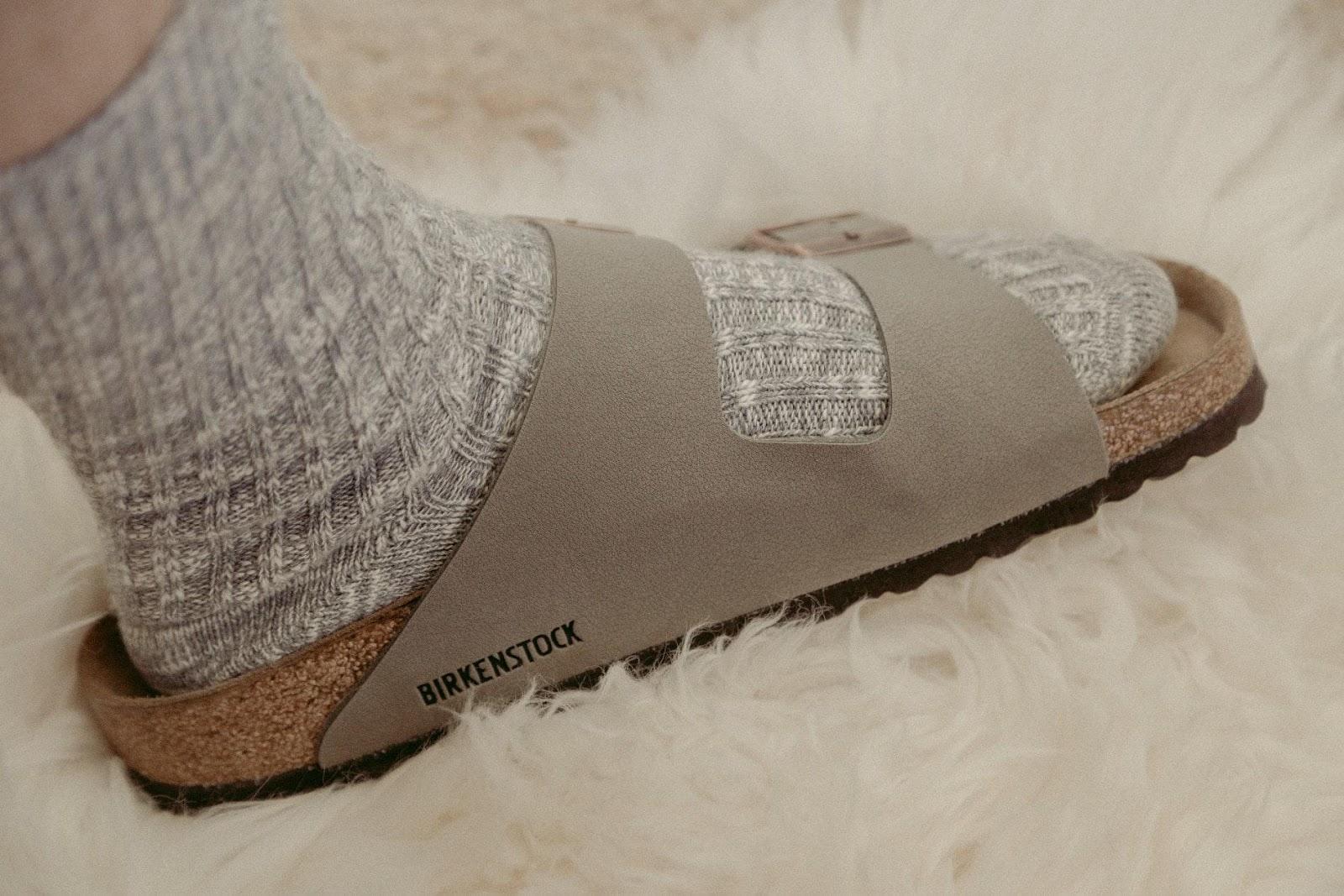 ciabatte con calzini